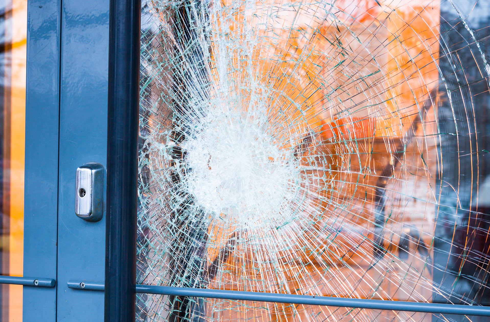 emergency-window-repair-emergency-glazier-London