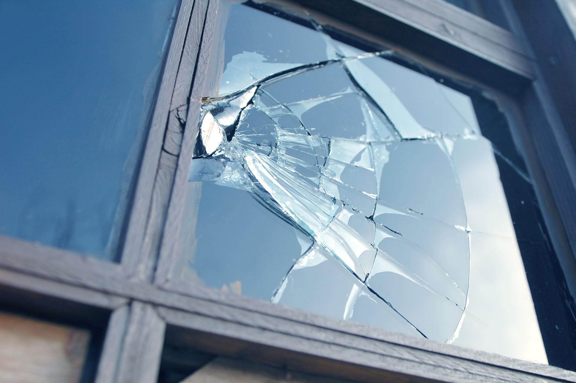 emergency-window-repair-London